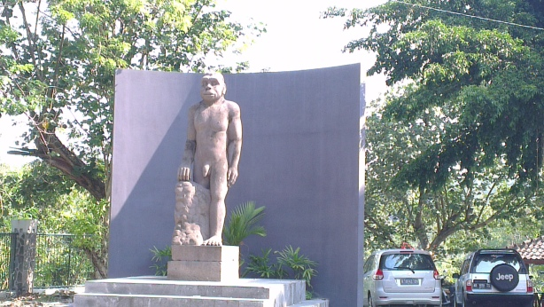 Funny statute at Sangiran, Solo, Indonesia