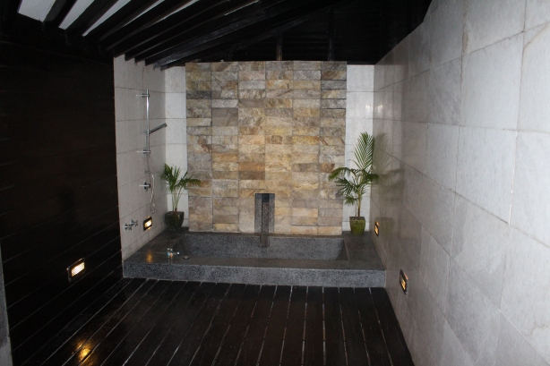 Ngwe Saung BOB Bathroom